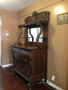 Antique Buffet and Hutch Stratford Kitchener Area image 2