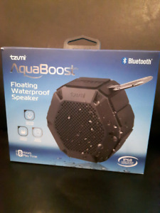 Floating blue tooth speaker. New in box.