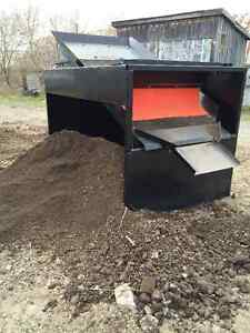 8ft Conveyor & TopSoil Screener -Portable, Gas & Powerful-1 Left