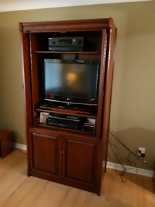 Entertainment Unit and Matching Display Cabinet
