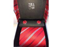 Men's Tie & Cuff Link Set - Brand New!