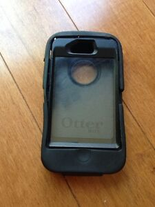 Otter box defender for iPhone 4. Excellent condition Kitchener / Waterloo Kitchener Area image 1