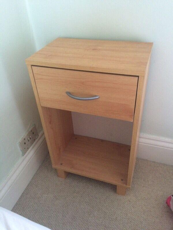 Bedside table beech effect 1635 in Swindon Wiltshire  : 86 from www.gumtree.com size 600 x 800 jpeg 44kB