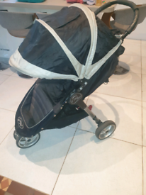 City mini pushchair