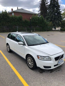 2008 Volvo V50 - Rare 5 speed manual