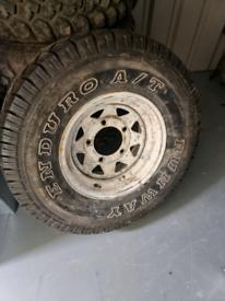 Defender/ Range rover classic/ disco 1 wheel