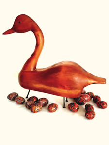 OUTSTANDING LIFE-SIZE HAND-CARVED, STYLIZED WOODEN GOOSE