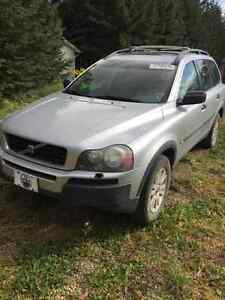 Parting out wrecking 2005 Volvo xc90