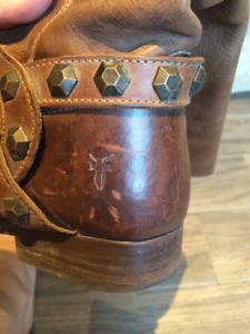9.5 FRYE Gorgeous Leather Boots with Studded Embellishment