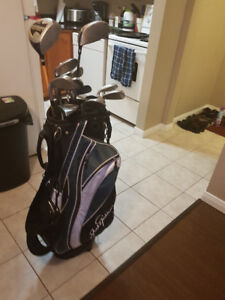 Golf Set + Bag + Balls for sale!! $100 - 506-608-3122 - DT Hali
