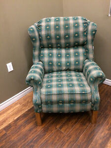 RECLINER WINGBACK ARMCHAIR