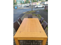 60. Oak table and 6 chairs
