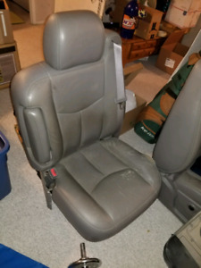 Interior Parts for 1999 to 2007 Classic Body Regular Cab