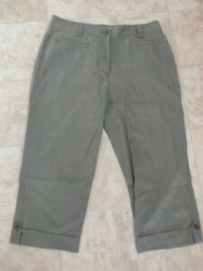 Bag of good capri pants (most brand new)