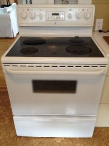 White Glass Top Stove / Oven