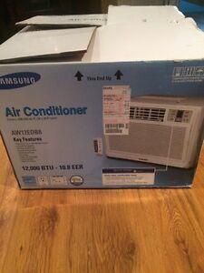 Window AC unit for sale