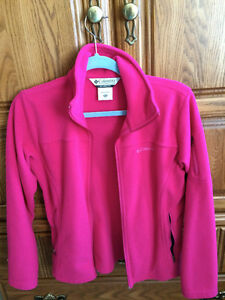 Columbia fleece Jacket Size 14-16Y but fits ladies S