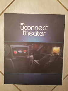 Uconnect Theater 2017 Chrysler Pacifica, 2x Headphones, 2x Remot