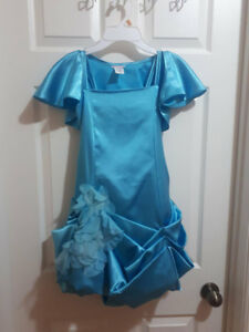 Flower Girl's Dress with Shoulder Cover