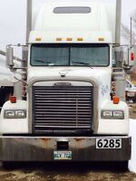 2001 Freightliner FLD CD 120 Classic