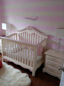 Beautiful Crib/toddler/double bed dresser two night stands
