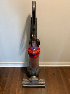 DYSON DC43 ANIMAL UPRIGHT BALL VACUUM CLEANER - RED