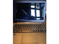 Asus laptop mint condition UX31E zenbook/notebook