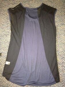 Navy Long Ardene Top with Studs Stratford Kitchener Area image 2