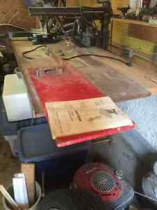 "Craftsman 9"" radial saw with table"