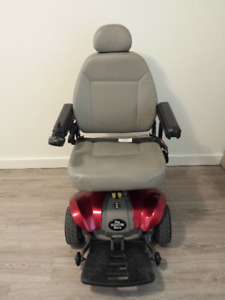 PRIDE POWER CHAIR