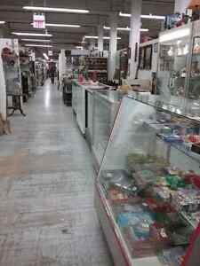 Canada's largest antique mall 600 booths to explore  Peterborough Peterborough Area image 9