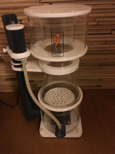 Reef Life Support Systems R8-i Protein Skimmer/Écumeur