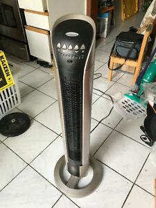 ~Almost New~ Bionaire BT36R 36 Tower Fan with Remote Control