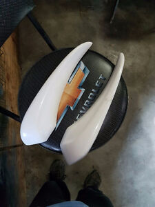Fiberglass arm rests (Hot Rod)