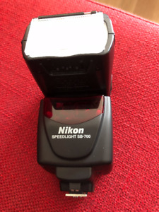 Nikon SB700