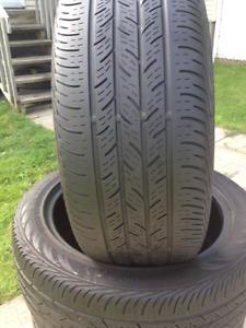 4 pneus été continental 215-50 R 17 au prix de  300$.