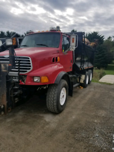 004 LT9500 STERLING TANDEM DUMP TRUCK WITH SNOW PLOW WING