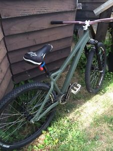 Specalized P2 dirtjumper for trade/sale.