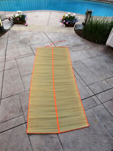 Organic Natural Grass Yoga Sitting Mat - Excellent shape. Kitchener / Waterloo Kitchener Area image 1