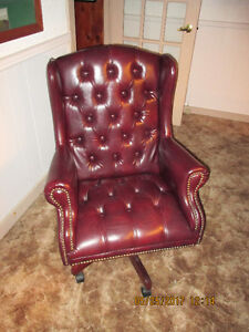vinyl winged back executive chair