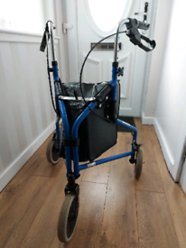 3 wheeled walker with shopping bag