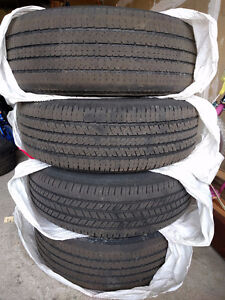 Tires with rims for Dodge Caravan (215/70R15)