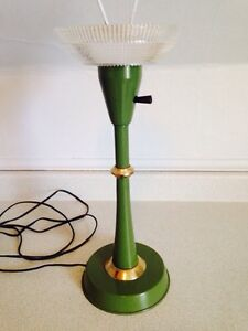 Vintage 1970's Retro Avocado Green Table Lamp (No Shade)