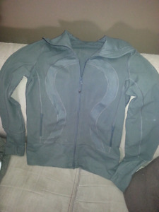 Lululemon zip up light jacket