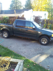 2002 Ford F-150 SuperCrew Pickup Truck