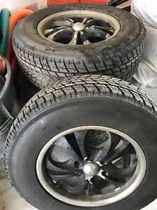 Almost New Toyo Observe G 02 plus tires with rims