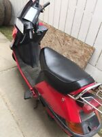 1986 Honda scooter. Best fuel economy. Low kms