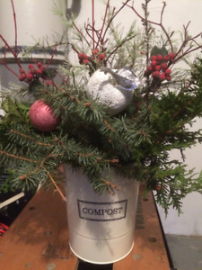 Christmas Urn with white apple/berries