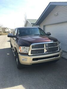 2012 Dodge Ram 2500 Laramie long horn mega cab, FULLY LOADED