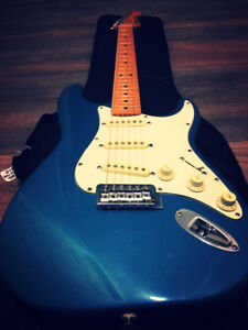 Fender Stratocaster + new gig bag